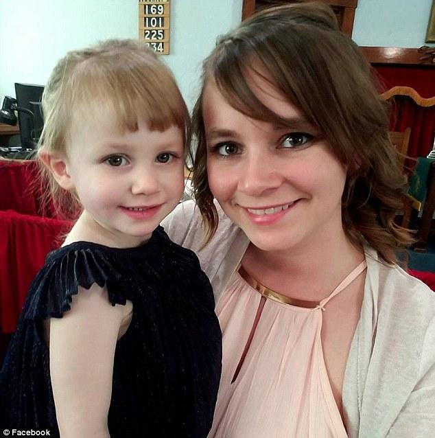 Greenlee chia sẻ rằng, cô đã ở bệnh viện 10 phút và sau đó các bác sĩ thông báo Arya đã qua đời. Từ kết quả các xét nghiệm đã chỉ ra nguyên nhân cái chết của Arya là do bệnh tiểu đường tuýp 1