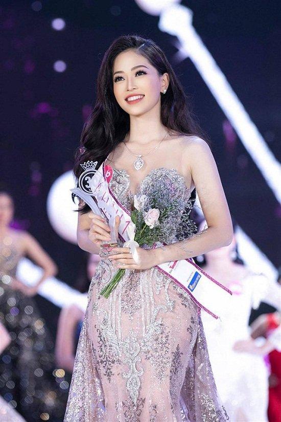 Hoa hậu Việt Nam 2018 khó có cửa ở đấu trường sắc đẹp thế giới? - Ảnh 4