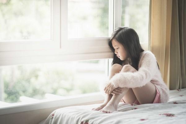 Dấu hiệu nhận biết trầm cảm tuổi dậy thì - Ảnh 1