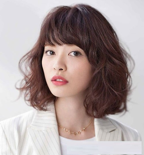Gợi ý 6 kiểu tóc phù hợp cho nàng mặt vuông trở nên nhẹ nhàng, nữ tính - Ảnh 2