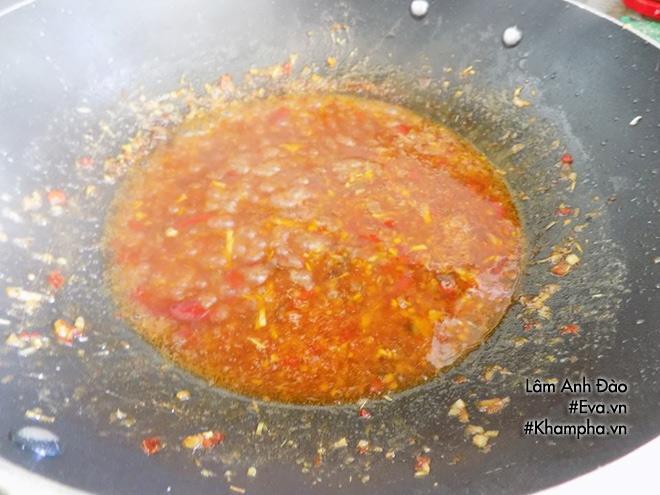 Cá nục rim tỏi ớt đậm đà, cay thơm bao nhiêu cơm cũng hết - Ảnh 3