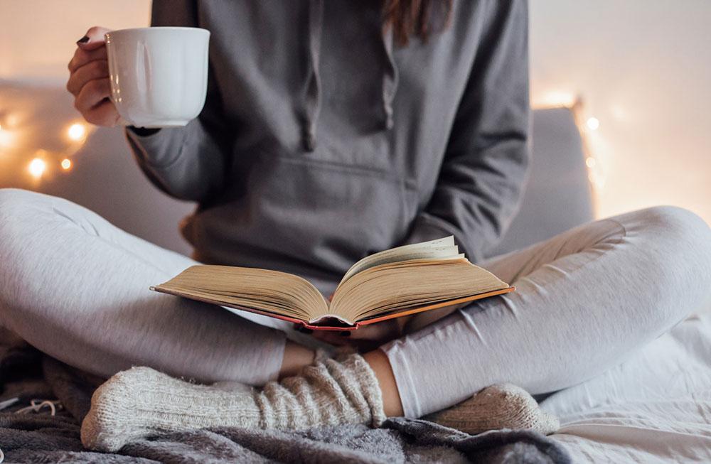 Đọc sách là cách để tâm hồn thư giãn xua đi nỗi muộn phiền