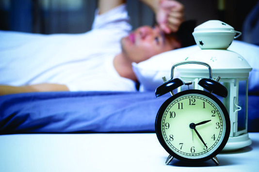 Mất ngủ là triệu chứng thường gặp, khiến bạn không còn sức lực cho công việc và học tập