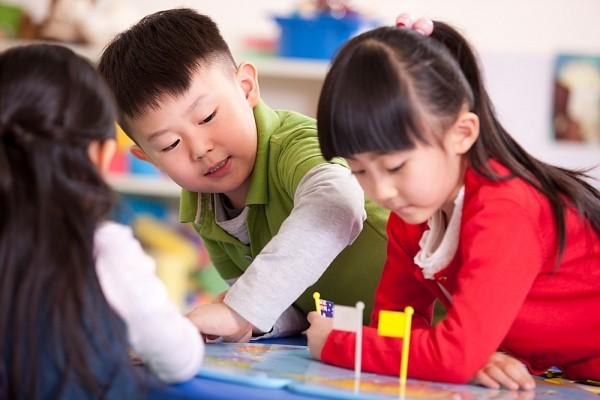 Chuyên gia hướng dẫn cha mẹ chuẩn bị tâm lý, kỹ năng và dinh dưỡng cho trẻ khi đi học - Ảnh 2
