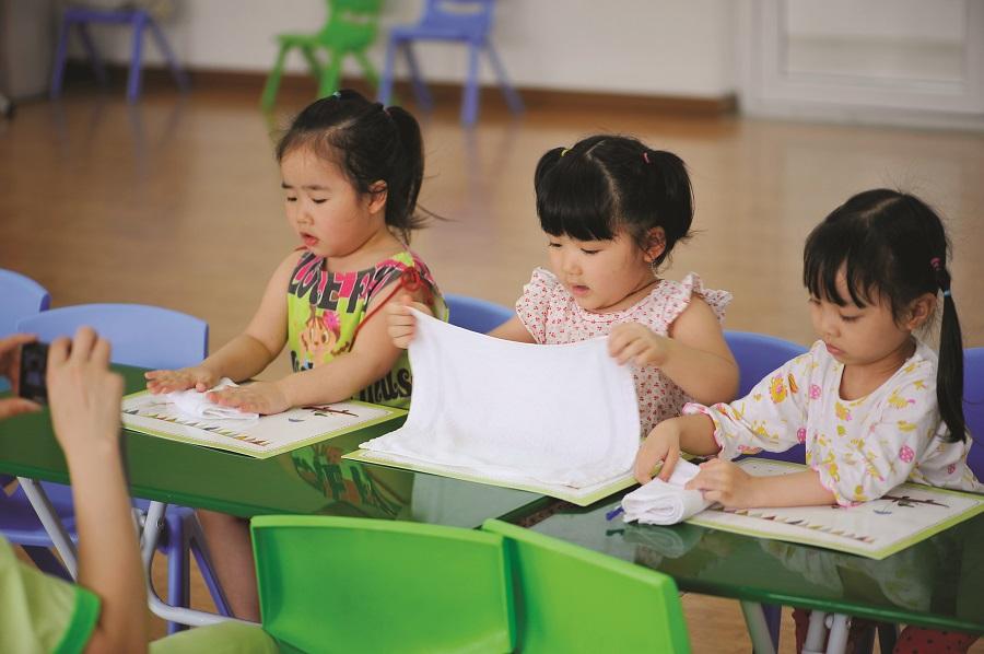 Chuyên gia hướng dẫn cha mẹ chuẩn bị tâm lý, kỹ năng và dinh dưỡng cho trẻ khi đi học - Ảnh 1