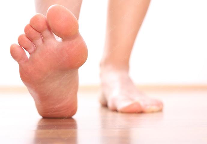 Chăm sóc bàn chân người bị tiểu đường - Ảnh 1