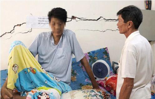 Cà Mau: Người đàn ông 35 tuổi sở hữu chiều cao gần 3m đã qua đời - Ảnh 1
