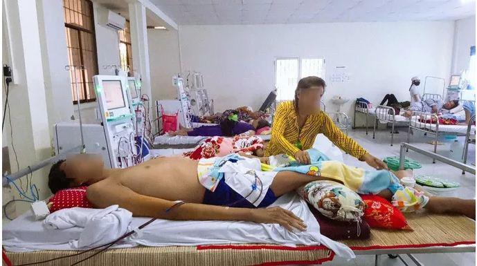 Cà Mau: Người đàn ông 35 tuổi sở hữu chiều cao gần 3m đã qua đời - Ảnh 2