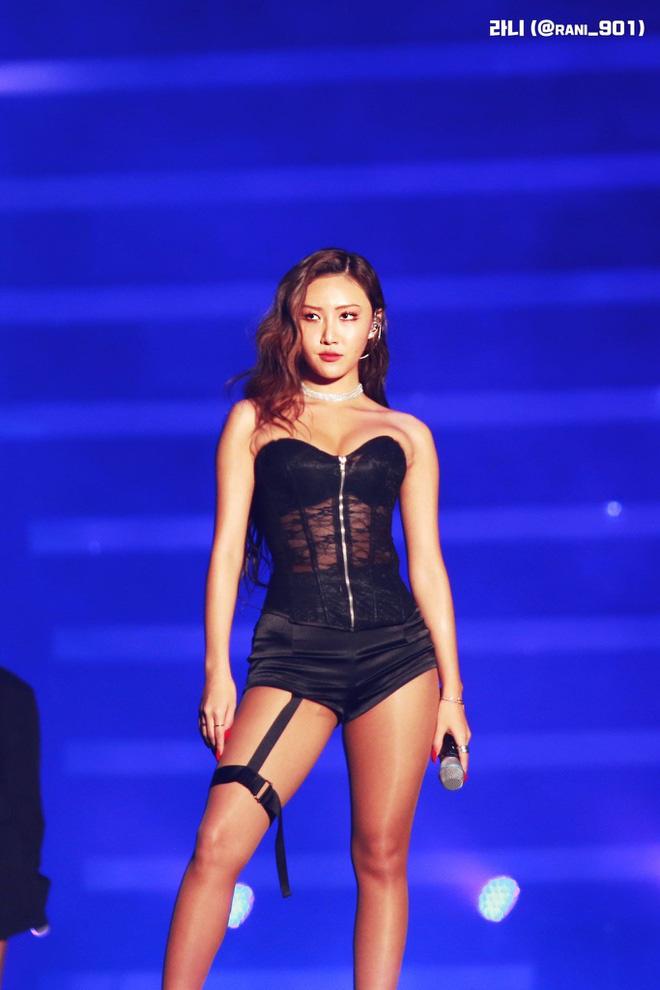 Top 3 nữ Idol có phong cách thời trang lập dị nhất Kpop - Ảnh 1