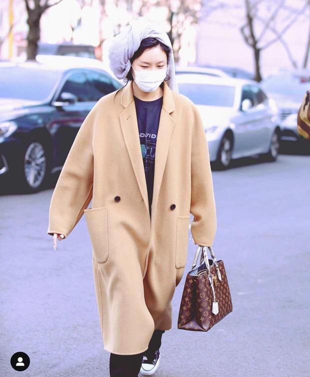 Top 3 nữ Idol có phong cách thời trang lập dị nhất Kpop - Ảnh 7