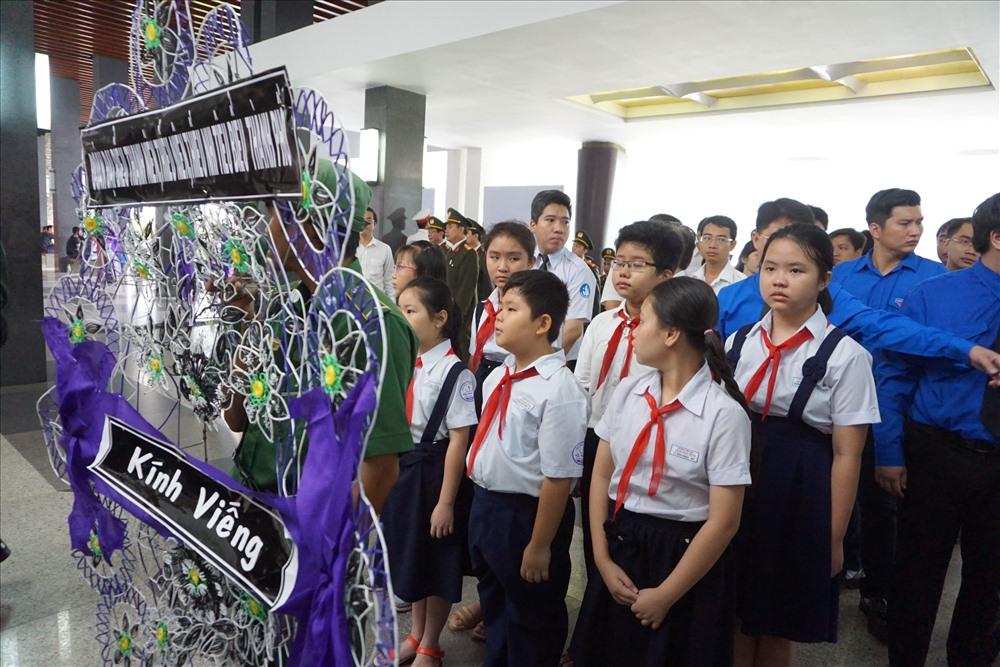 TPHCM: Tổ chức trang trọng lễ viếng nguyên Tổng Bí thư Đỗ Mười - Ảnh 6