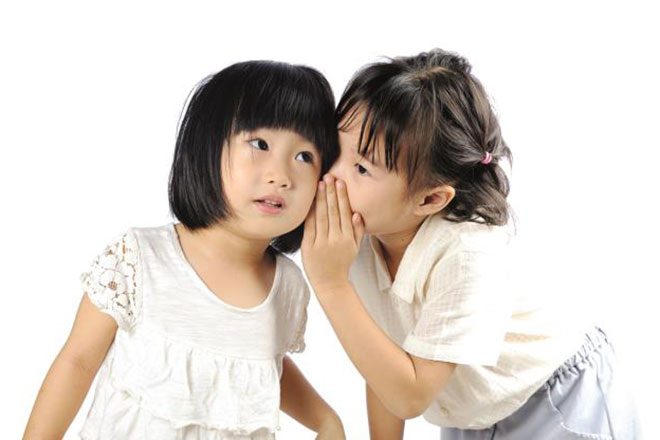 Chuyên gia gợi ý cha mẹ dựa vào những hành động này để nhận ra trẻ đang nói dối  - Ảnh 3