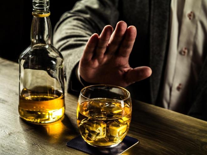 Người Việt uống rượu bia nhiều gấp 4 lần người Singapore - Ảnh 2