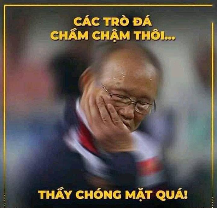 'Chết cười' với loạt ảnh chế sau trận Việt Nam - Campuchia: Thầy Park 'chóng mặt', Đức Chinh khiến thủ môn đội bạn 'giận tím người' - Ảnh 5