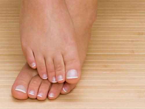 Bàn chân phụ nữ có 5 đặc điểm này chồng cưng như trứng mỏng, cả đời an nhàn hạnh phúc - Ảnh 4