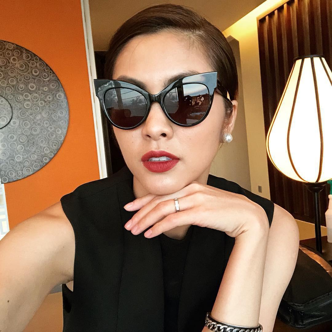Hà Tăng, Tóc Tiên… cùng loạt sao Việt đọ 'độ chịu chơi' với mắt kính thời trang độc lạ - Ảnh 13