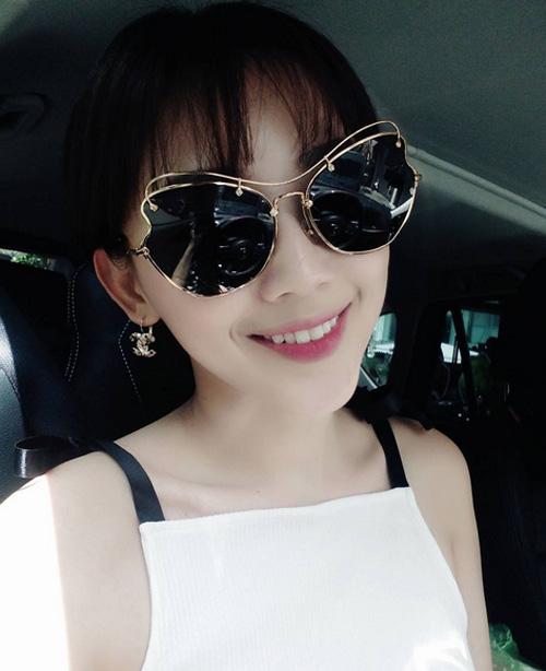 Hà Tăng, Tóc Tiên… cùng loạt sao Việt đọ 'độ chịu chơi' với mắt kính thời trang độc lạ - Ảnh 4