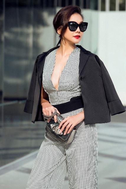Hà Tăng, Tóc Tiên… cùng loạt sao Việt đọ 'độ chịu chơi' với mắt kính thời trang độc lạ - Ảnh 7