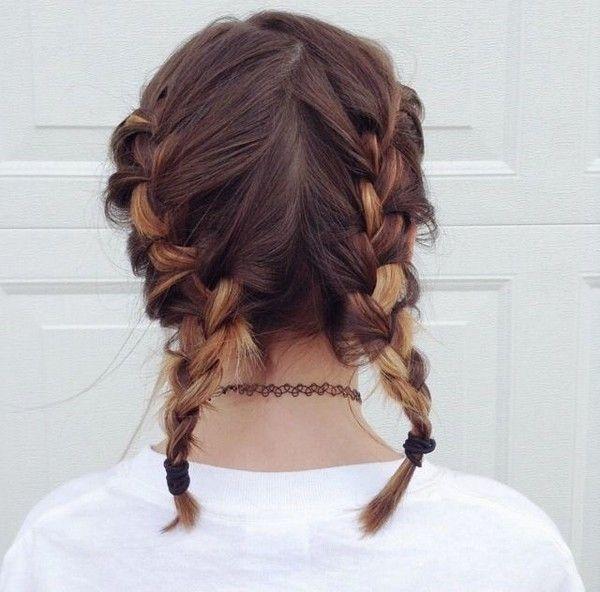 Tết tóc là cách đơn giản giúp tóc xoăn đẹp tự nhiên