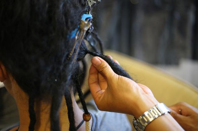Cách tết tóc dreadlock đơn giản mà cực cá tính