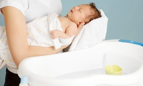 Bác sĩ Nhi hướng dẫn cha mẹ cách chăm sóc trẻ em vào mùa đông lạnh để không làm nguy hại đến sức khỏe   - Ảnh 4