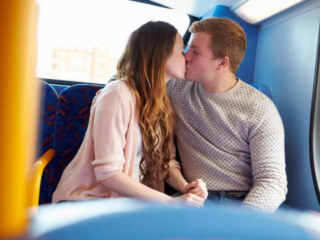 Bật mí 8 giai đoạn mà bất kỳ cặp vợ chồng nào cũng đều từng trải qua trong đời sống tình dục - Ảnh 4