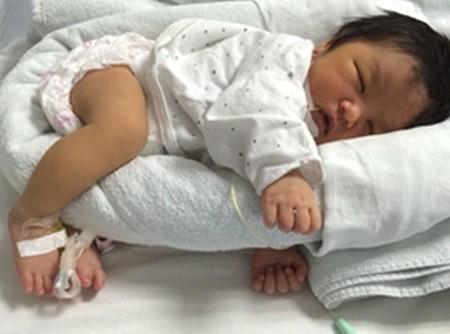 Các tư thế nằm ngủ tốt cho não bộ và sự phát triển toàn diện của trẻ sơ sinh - Ảnh 2