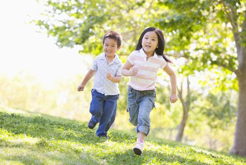 Chuyên gia tiết lộ 4 bí quyết giúp trẻ phát triển chiều cao vượt trội, cha mẹ không nên bỏ qua - Ảnh 3