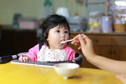 Có nên cho trẻ ăn dặm bằng bột yến mạch: Câu trả lời sẽ khiến cha mẹ bất ngờ - Ảnh 2