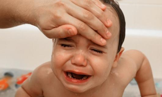 Dấu hiệu cảnh báo bệnh sốt virus ở trẻ em, cha mẹ không thể lơ là  - Ảnh 2