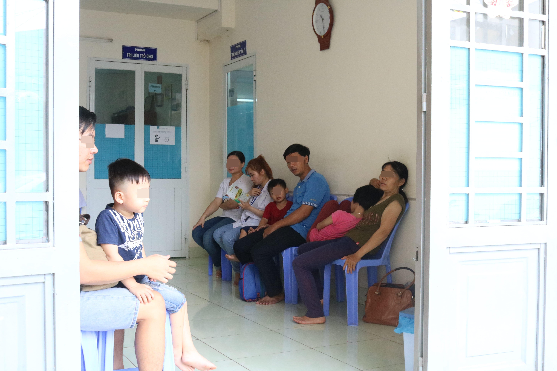 TPHCM: Áp dụng phương pháp đa ngành trong điều trị bệnh lý tâm thần ở trẻ nhỏ và trẻ vị thành viên - Ảnh 1