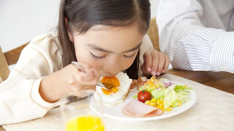 Trẻ em bị bệnh trĩ: Dấu hiệu, nguyên nhân và cách điều trị tại nhà - Ảnh 3