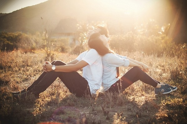 Bật mí loại 'hoóc-môn tình yêu' giúp đàn ông chung thủy - Ảnh 1