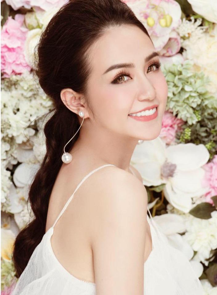 Trong showbiz Việt, đã tên Hương thì chỉ có đẹp và xuất sắc trở lên - Ảnh 7