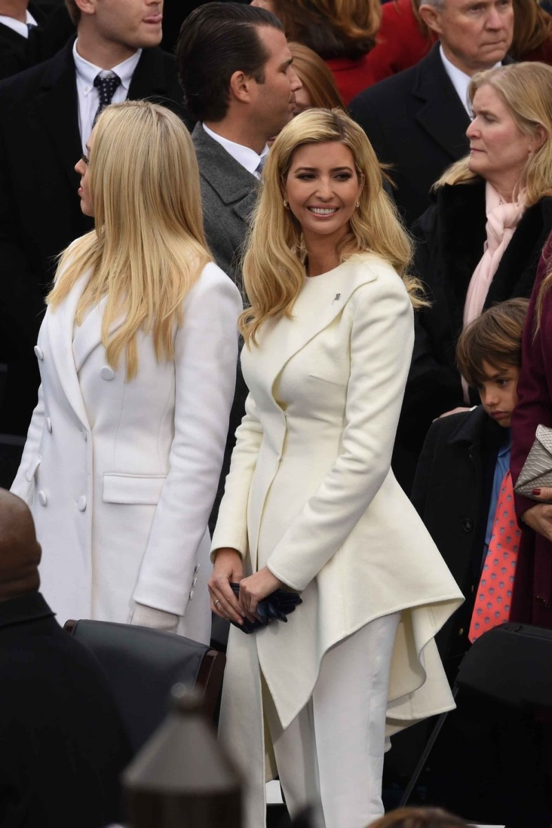 Ngẩn ngơ trước phong cách thời trang của ái nữ Tổng thống Mỹ - Ảnh 11