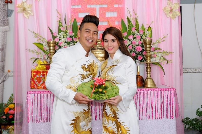 Một năm hỷ sự, sao Việt nào mặc đồ truyền thống đẹp nhất - Ảnh 17