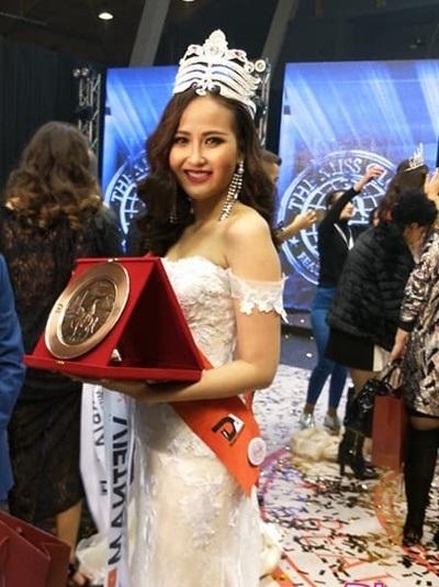 Khánh Ngân đã bị 'đào mộ' khi vừa đăng quang Hoa hậu Hoàn cầu 2017,