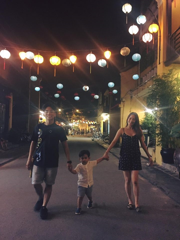 Bà mẹ 1 con Khánh Thi diện bikini khoe 3 vòng gợi cảm bên chồng trẻ Phan Hiển - Ảnh 6