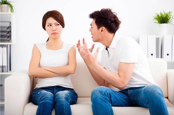 Làm sao thoát khỏi người chồng vô tâm và nóng tính - Ảnh 1
