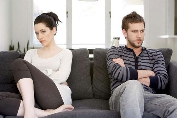 Tôi và vợ có nguy cơ tan vỡ khi tôi ăn ngủ ở nhà mẹ đẻ - Ảnh 1