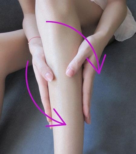 Chỉ 10 phút mỗi ngày, bắp chân trở nên săn chắc hơn nhờ bài tập này - Ảnh 1