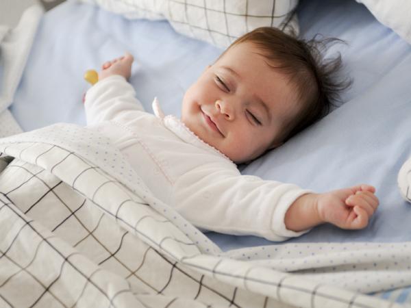 6 điều cấm kỵ không được làm với trẻ sơ sinh - Ảnh 4
