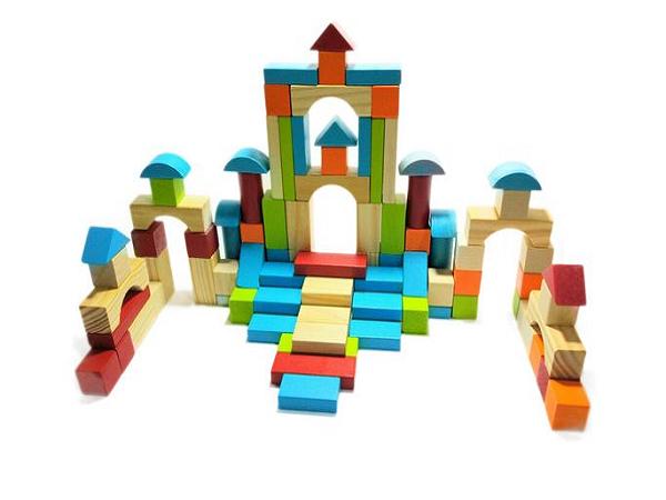 Dạy trẻ sáng tạo nhờ đồ chơi đơn giản - Ảnh 1