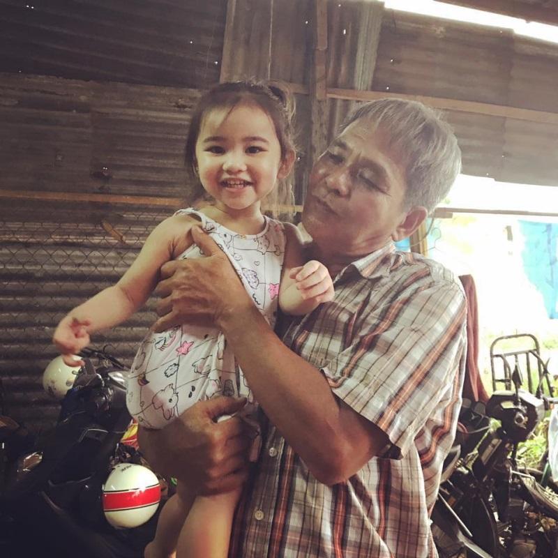 Showbiz Việt sẽ có một nàng 'Út Ráng' thứ 2: Con gái Kim Hiền? - Ảnh 1