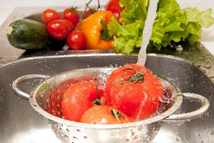 Những cách chế biến thực phẩm sai lầm bạn nên bỏ ngay - Ảnh 2
