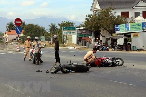 Ngày đầu tiên nghỉ Tết, tai nạn giao thông cướp đi 20 sinh mạng - Ảnh 1