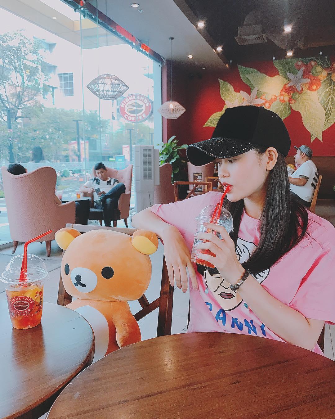 Hoa hậu Mai Phương Thúy mặc váy 2 dây khoe ngực đầy - Ảnh 13