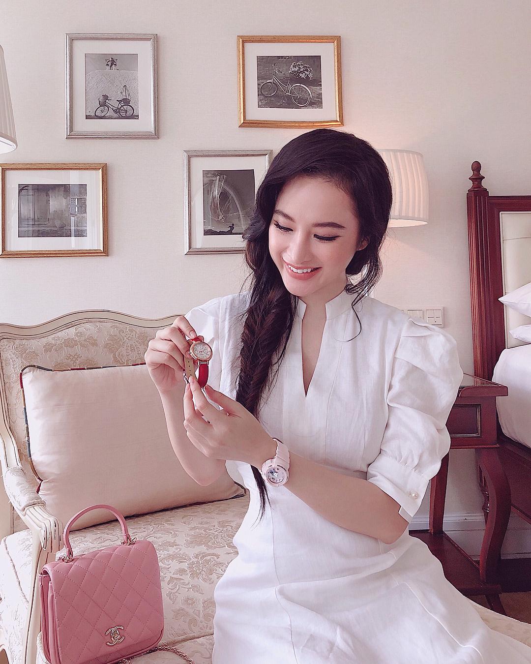 Hoa hậu Mai Phương Thúy mặc váy 2 dây khoe ngực đầy - Ảnh 6