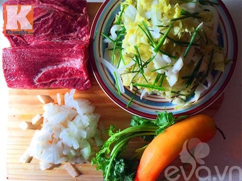 Bò xào dưa chua bắp cải ngon cơm - Ảnh 1