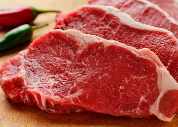 Dinh dưỡng từ thịt bò giúp bé phát triển chiều cao